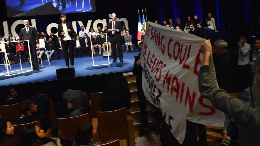 Une déclaration d'Emmanuel Macron en Belgique suscite un tollé sur la Toile