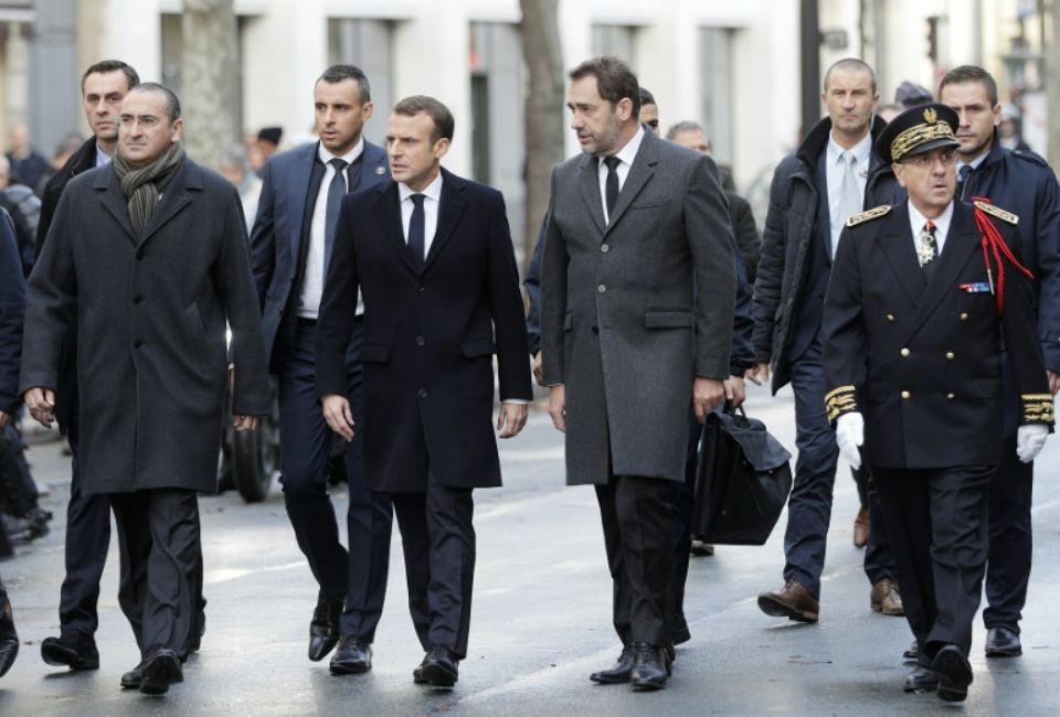 Emmanuel Macron refuse de recevoir les gilets jaunes ce vendredi soir