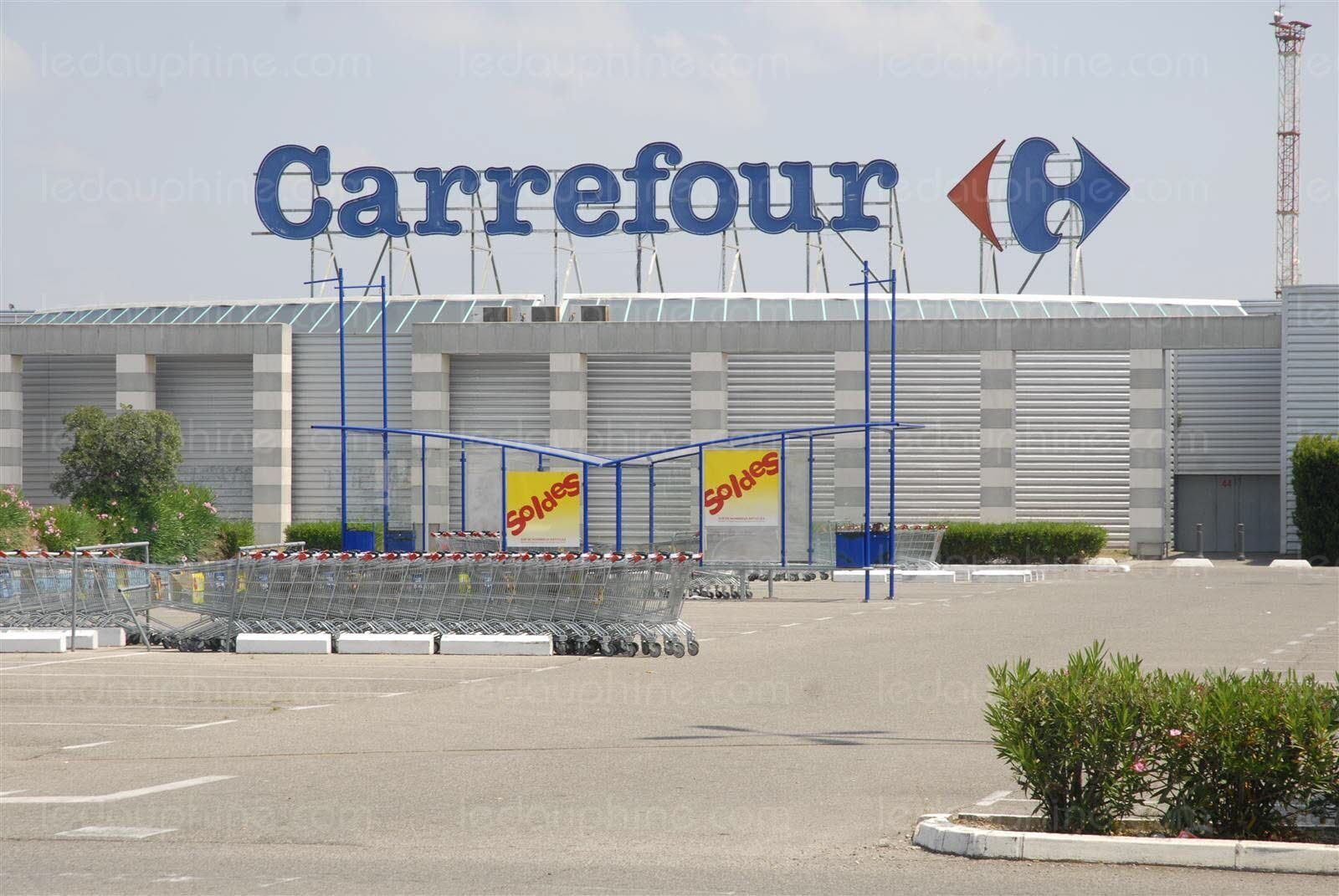 un cadre se suicide chez carrefour. Black Bedroom Furniture Sets. Home Design Ideas
