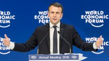 « France is back » au forum mondial : quand Macron promeut son calendrier néolibéral