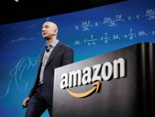Amazon licencie massivement, Jeff Bezos accumule les milliards de profits