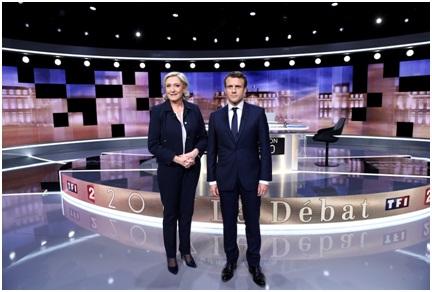 Agressif et médiocre, le match Le Pen-Macron vu par la presse étrangère