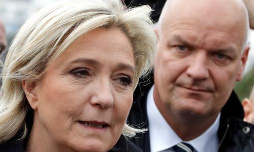 Marine Le Pen reconnaît et justifie l'emploi fictif de son garde du corps en tant qu'assistant parlementaire
