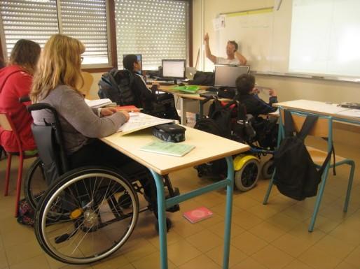 Handicapée, son proviseur la « prie » de changer d'établissement