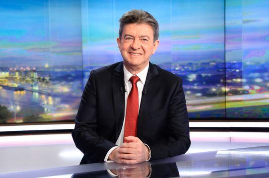 Mélenchon annonce sa candidature aux élections présidentielles de 2017