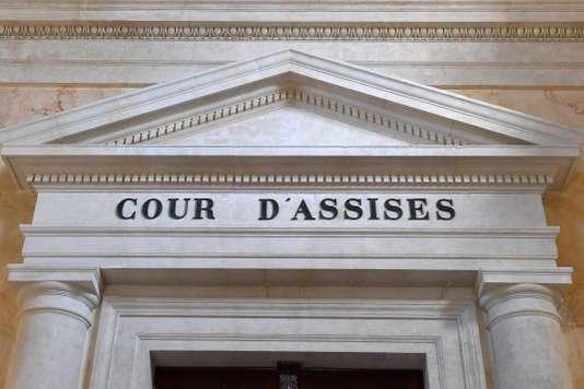 Ex-avocat accusé de viol : il évoque son côté « tactile » et « méditerranéen »
