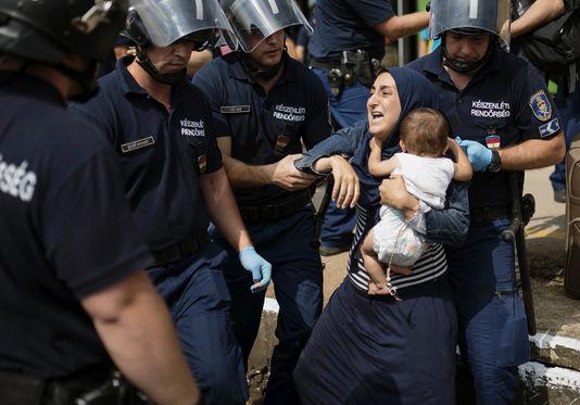 Lutte antiterroriste : Amnesty International dénonce une régression des droits démocratiques en France et en Europe
