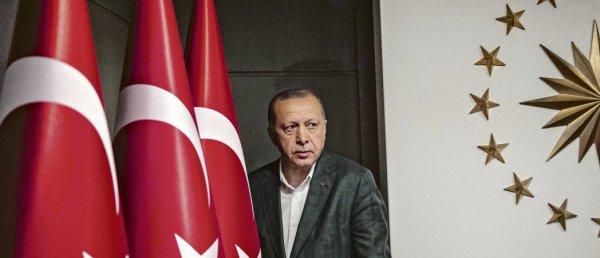 Élections municipales en Turquie : un revers pour Erdogan qui perd Istanbul et Ankara