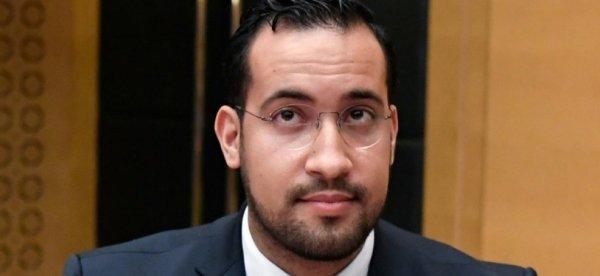 Le scandale continue : la compagne de Benalla travaillait en secret pour LaREM