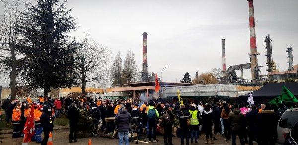 Après une semaine, les raffineurs reconduisent la grève et continuent de structurer leur mouvement par en bas !