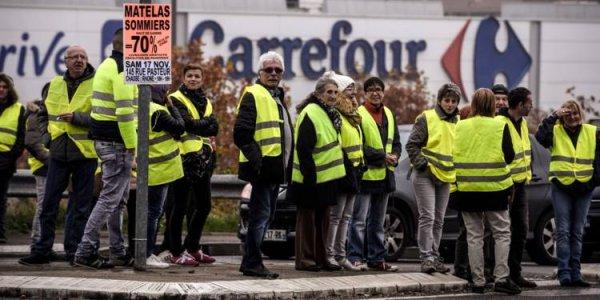 Var. Un Carrefour menace une Gilet jaune de rembourser 331 000 euros de pertes