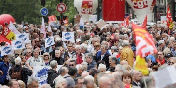 Mobilisation des retraités : des dizaines de milliers dans les rues pour crier leur colère