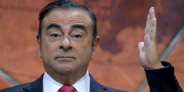 Carlos Ghosn veut une retraite de 800 000 euros et attaque Renault aux Prud'hommes