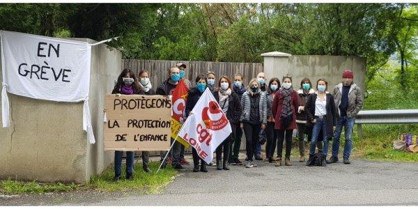 Un mois et demi de grève au Foyer de l'Enfance de la Loire