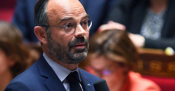 """Le gouvernement persiste et signe, """"travailler plus longtemps n'est plus un tabou"""" selon Philippe"""