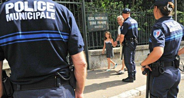 Depuis lundi, Nice poste un policier dans les écoles primaires