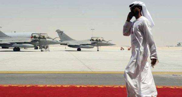 En pleine crise régionale, la France va vendre 12 nouveaux Rafales au Qatar
