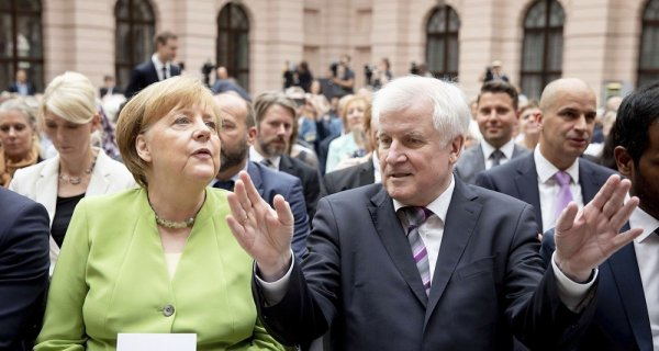 Comment la crise allemande déstabilise l'Union Européenne : vers la fin de l'ère Merkel ?