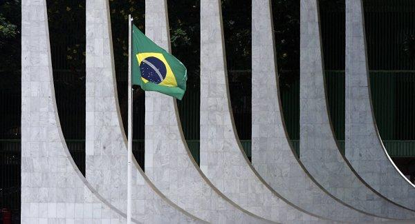 Brésil : les 16 manœuvres putschistes pour manipuler les élections