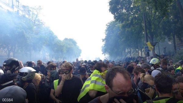 1er mai : comment la Préfecture de police s'y est pris pour diviser les manifestants, coûte que coûte