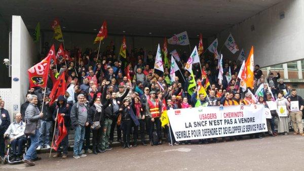 Vidéo. Les cheminots soutiennent les étudiants du Mirail face à la menace d'une intervention policière