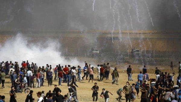 52 palestiniens tués, 2 200 blessés : nouveau carnage à Gaza