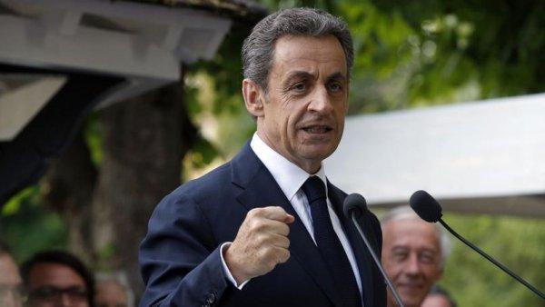 Sarkozy. Plus à droite que lui, compliqué…