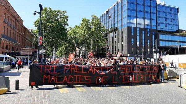 Journée de lutte pour les enseignants grévistes de Toulouse