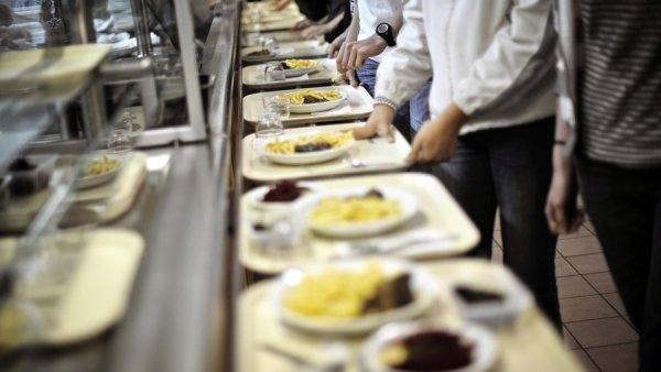 Des milliers de lycéens privés de pause déjeuner à cause de la réforme Blanquer