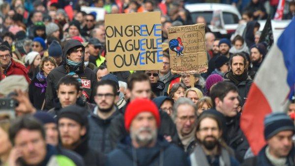 A Nantes, forte mobilisation : massifier la grève au privé !