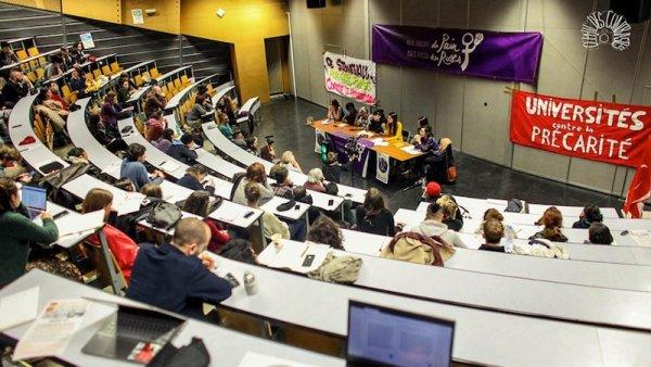 Meeting féministe réussi à Paris 8 : « Une victoire de notre classe serait une victoire pour la lutte des femmes ! »