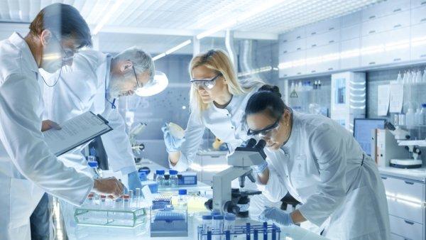 Face aux labos pharmaceutiques et leurs lobbys, former des commissions de recherche indépendantes !