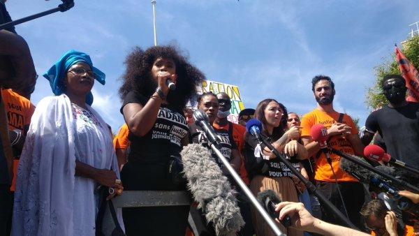 Assa Traoré en conférence de presse : « On dénonce l'impunité policière, la violence raciale, la violence sociale ! »