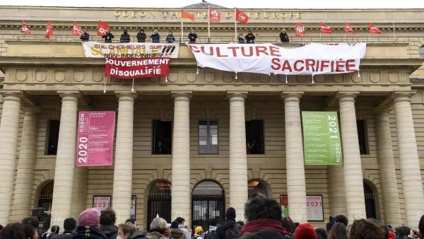« 2 milliards d'efforts pour la culture » : ce que finance réellement la mascarade du gouvernement