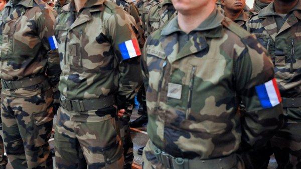 Tribune des militaires : la campagne sécuritaire de Macron donne des ailes aux réactionnaires