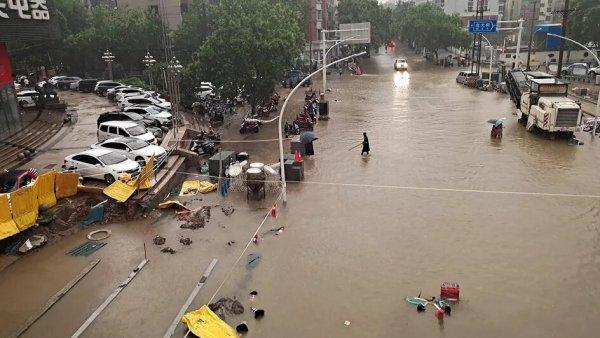 Chine. Zhengzhou sous les eaux : la catastrophe climatique se poursuit