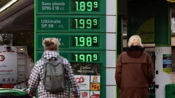Explosion des prix du carburant : le gouvernement joue la diversion ! Suppression immédiate de la TVA !