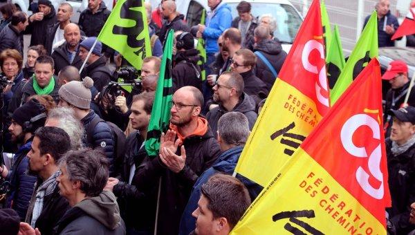 Vidéo. Revivre l'AG cheminote de Gare du Nord le 3 avril : grève massive et colère au rendez-vous