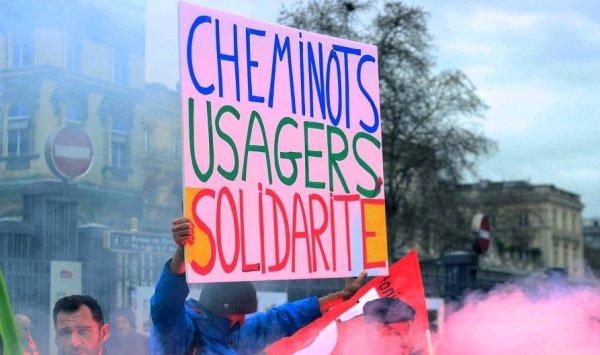 « Cheminots bashing » et lutte pour l'opinion : une grève en défense du service public