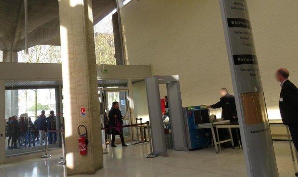 Au tribunal d'Evry, des policiers et agents de sécurité pickpockets