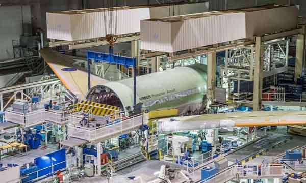Baisse de la demande : Airbus réduit sa production mais refuse de fermer ses usines en France
