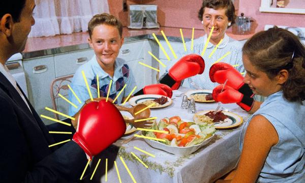 Repas de Noël. Guide de survie face à 5 idées reçues sur le communisme