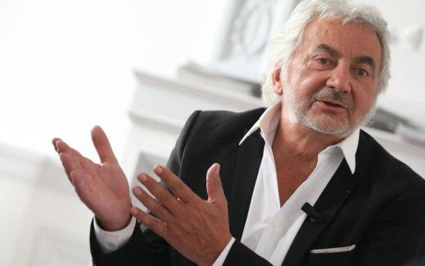 """""""Plus personne ne veut de CDI aujourd'hui"""" selon Franck Provost, PDG des salons de coiffure"""