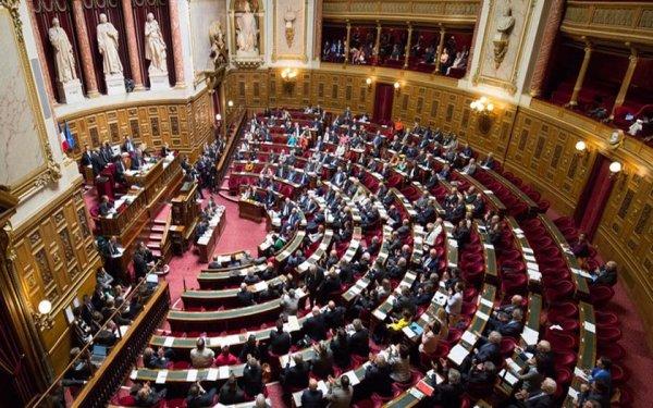 Le Sénat propose une nouvelle taxe sur les abonnements téléphoniques et internet