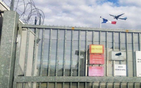 Témoignage : Daniela, colombienne enfermée 19 jours dans la zone d'attente de Roissy