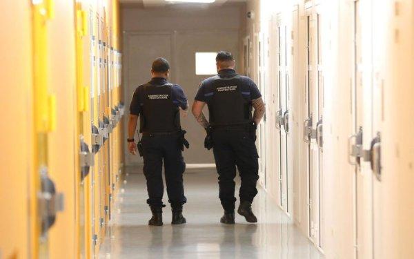 Des prisonniers, inquiets face au Covid-19 et à la suspension des visites, se mutinent à Grasse