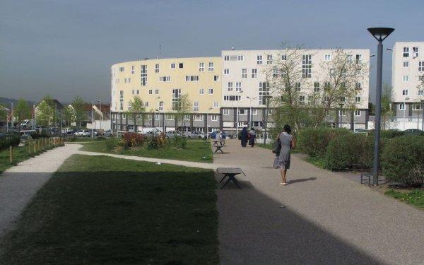 Un tir de LBD fracture le crâne d'une fillette de 5 ans dans un quartier des Yvelines