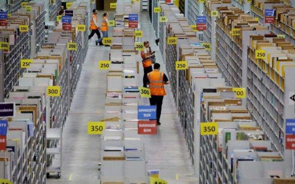 Amazon condamnée en justice pour le maintien de ses activités non essentielles