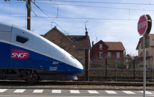 SNCF : pressions sur les militants syndicaux, souffrance au travail, suicides… un cheminot raconte