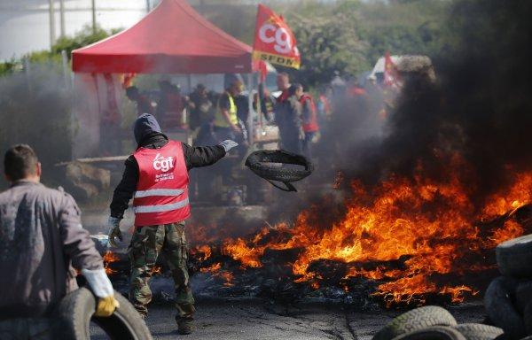 « C'est pas un bras de fer, c'est la guerre ». Eric Sellini, CGT Total